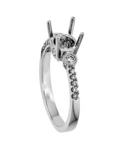 18K White Gold Diamond Ring 18439