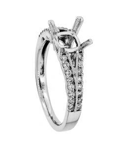 18K White Gold Diamond Ring 18901